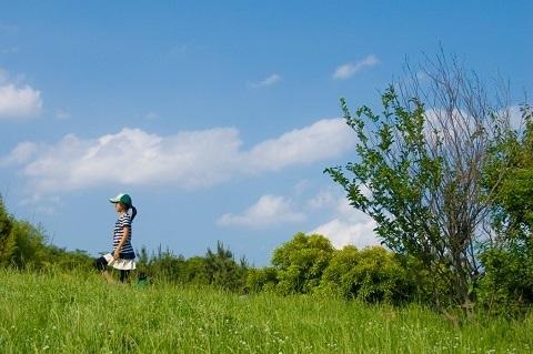 180729 草原の少女