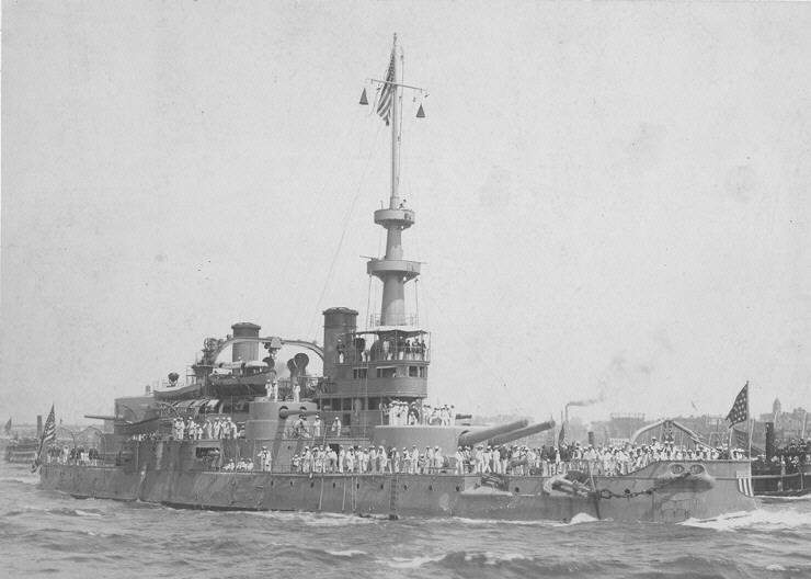 USS_Oregon_NH61222_010318.jpg