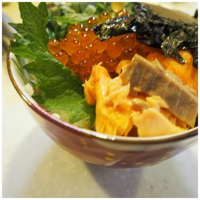 鮭とイクラの親子丼3
