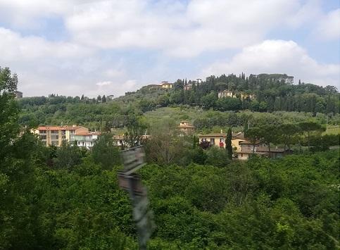 1 フィレンツェの郊外