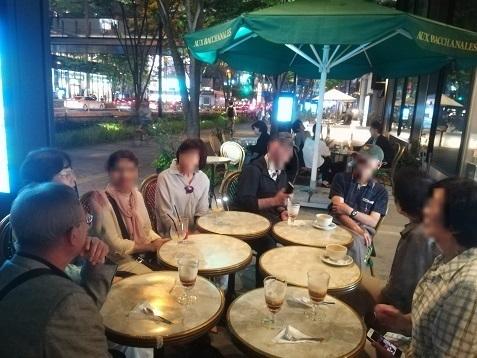 6 グランテロント大阪のケヤキ並木・オープンカフェ