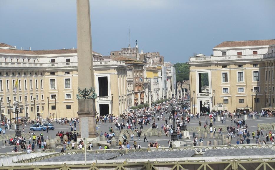 30 サンピエトロ広場