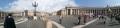 34 サンピエトロ広場 大 正面が家内と現地ガイドさん
