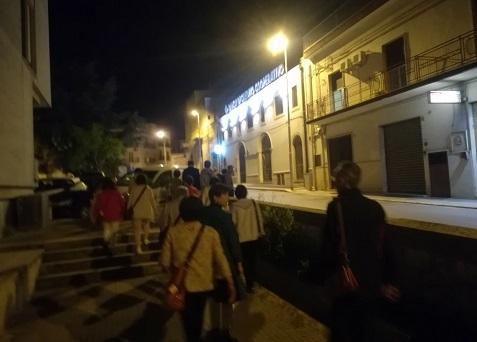 21 夜のアルベロベッロ散策へ出発