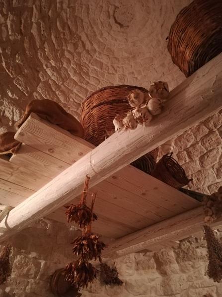 25 陽子さんの店 トゥルッリの内部屋根