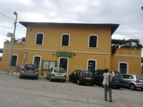 22 アルベロベッロの駅
