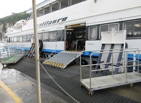 19 カプリ島からソレント フェりー