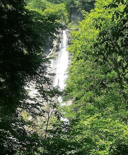 10 琵琶の滝