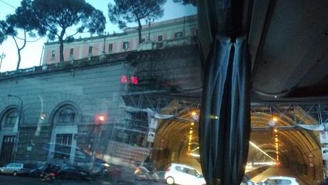 11 ナポリのトンネル