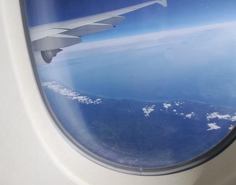 30 イタリア南部を飛行中