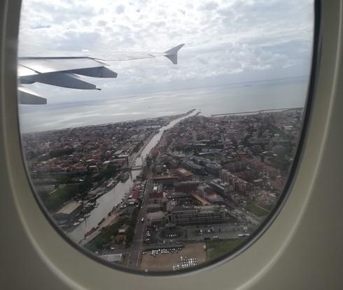 27 ローマを離陸