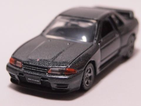トミカプレミアム スカイライン GT-R