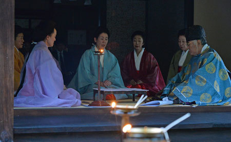 七夕の夜、和歌詠み上げる( 京都)