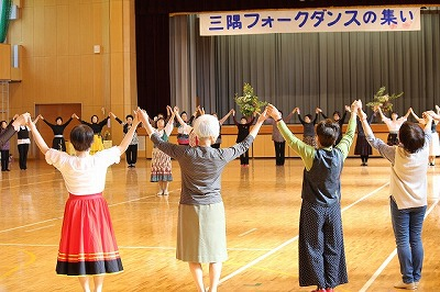 H29フォークダンス (2)
