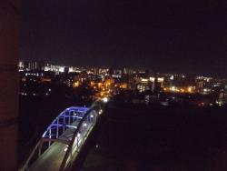 2080430熊本ホテルからの夜景2