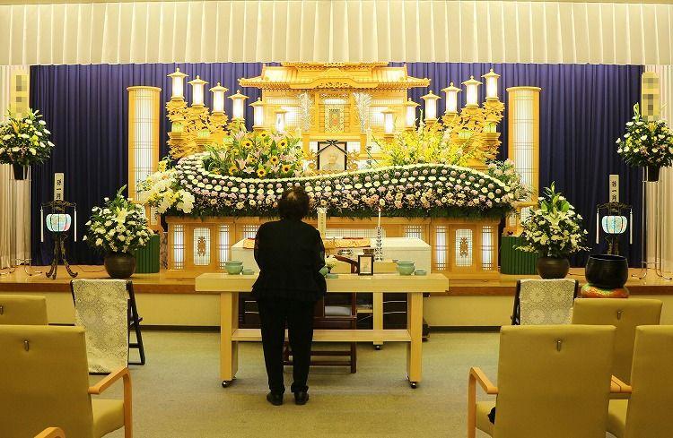 告別式 祭壇 30 7 19