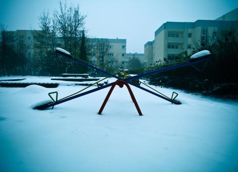 冬 バランス シーソー