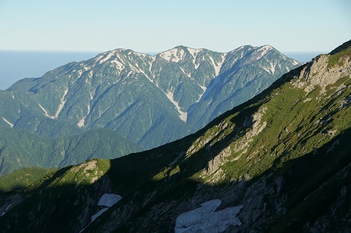 08b 唐松岳より毛勝三山