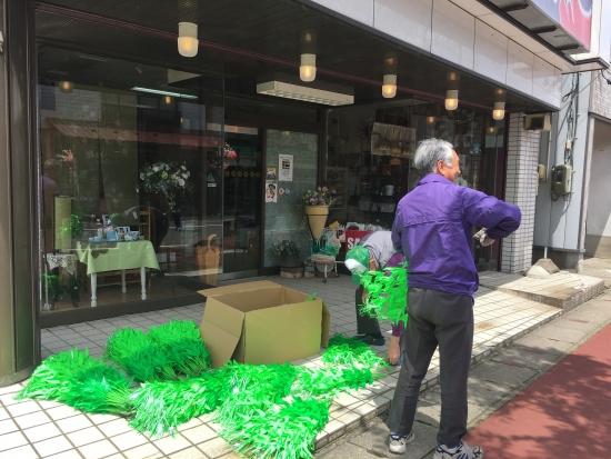 商店街花飾り 004