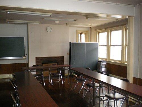旧宣教師館1F