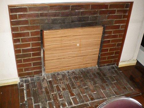 旧宣教師館1F暖炉