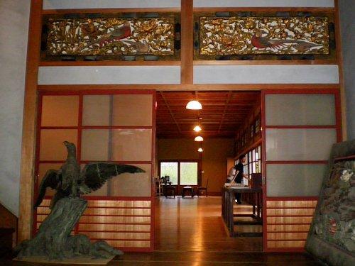 旧小林新古美術店・玄関