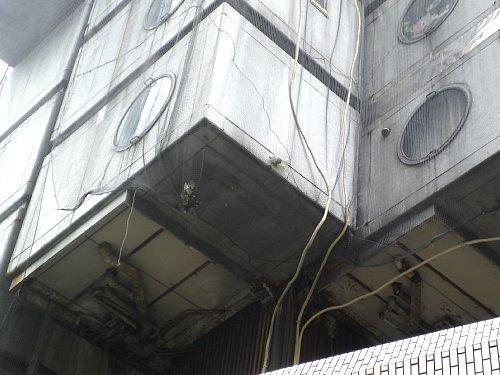 中銀カプセルタワービル・外部2