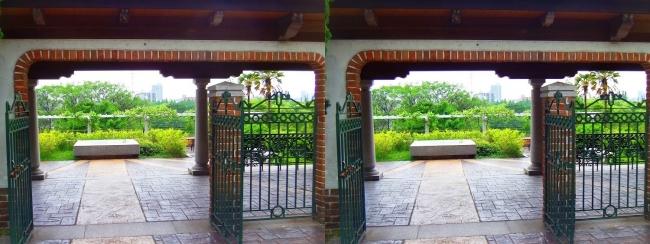 花博記念公園鶴見緑地 国際庭園 スペイン(平行法)