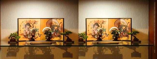 リビングルーム展示 風神雷神①(平行法)