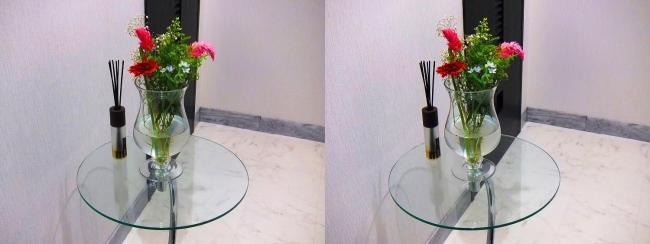 玄関ガラス花瓶①(平行法)