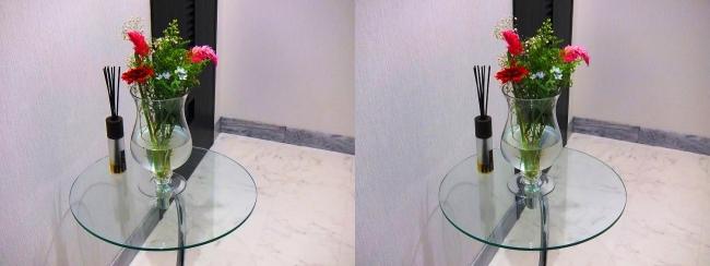 玄関ガラス花瓶①(交差法)