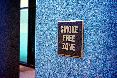 03a 500 Smoke Free Zone