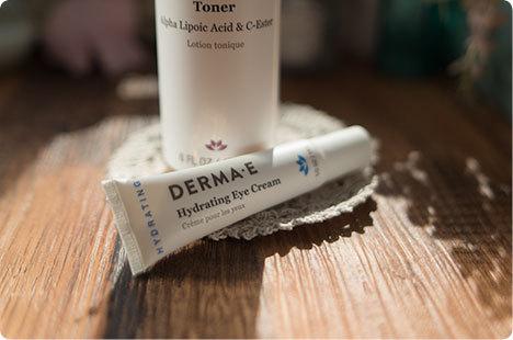Derma E  ヒアルロン酸とピクノジェノール入りアイクリーム 引き締めDMAEトナー