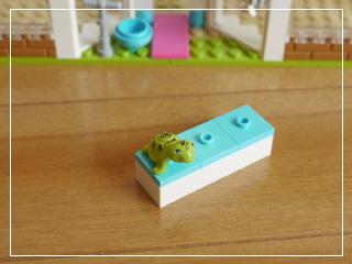 LEGOHeartlakeCityPetCenter22.jpg