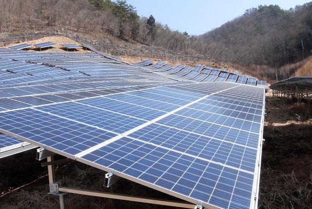 6535 ソーラー発電 640×430