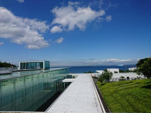 横須賀美術館から千葉方向を眺める❤