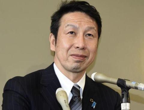 女性問題を週刊誌にスッパ抜かれた新潟県の米山隆一知事、会見にて辞任を保留 … 「気持ちを整理する時間を与えて欲しい。知事とは県民にとって太陽であるべき。太陽が陰ってはいけない」