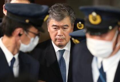女性記者へのセクハラ疑惑の財務省・福田事務次官が辞任 「身の潔白を明らかにしていきたいが、この状況では職責を果たすことは困難」「録音された声と体を通して聞いている声が違うので『自分の声かわからない』と答えたが、自分の声に聞こえると言われているのも知っている」