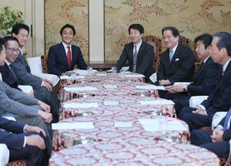 民進党と希望の党、結成を目指す新党名について国会をサボって協議 … 「未来民主」「日本民主」「平和民主」「経済民主」など一部に「民主」を含む案や、「改進党」「国民党」といった案
