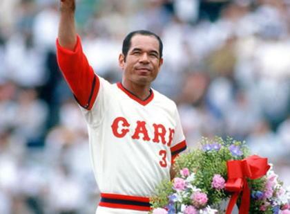 【訃報】 2215試合連続出場で「鉄人」と呼ばれた衣笠祥雄氏が死去、71歳 … 87年に国民栄誉賞、96年に野球殿堂入り