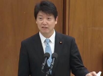 維新・足立康史議員 「立憲民主党の準党員制度『立憲パートナーズ』に登録してみた。地元・大阪で登録したので辻元国対委員長から連絡を貰うことになる。集会で色々聞いてみたい」