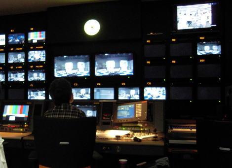 「テレビ局社員かユーチューバー、もし映像制作が得意だったらどちらの職業に就きたい?」大学生へのアンケートでマスコミ負ける … 元キャスター「報道の劣化は明らか」