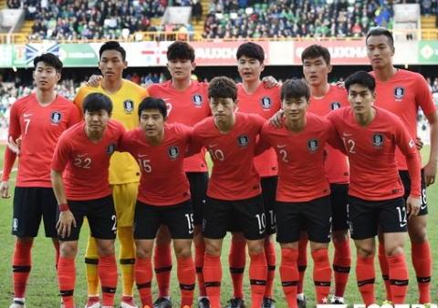 サッカーW杯韓国代表、対戦相手を混乱させるため、背番号入れ替えで攪乱作戦 … シン・テヨン監督「西洋人にとってアジア人の顔を見分けるのは非常に難しい。だからこうした」