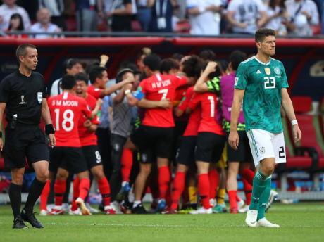 サッカーW杯、FIFAランキング1位・前回大会王者のドイツ代表が韓国代表に0-2で敗れ、グループリーグでの敗退が決まる