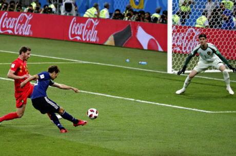 サッカーW杯 日本は2-3でベルギーに敗れ初のベスト8進出を逃す … 後半に原口と乾のゴールで2点先制するも、3点取られ逆転負け