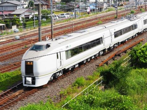 JR東日本 651系 臨時快速「ぶらり横浜・鎌倉号」