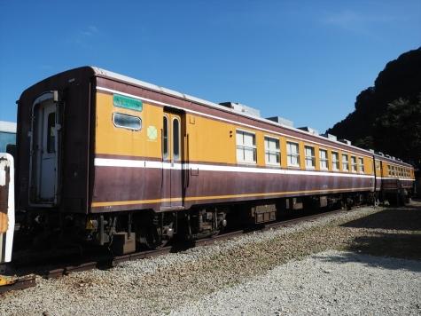 和式客車「くつろぎ」オロ12形800番台【碓氷鉄道文化むら】