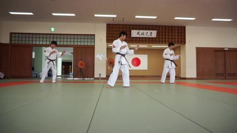 中級基本課題(打撃編) (Chukyu Dageki) by 愛媛県連盟審査 (2018/06/24)