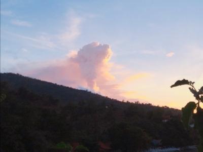 「 バリ島 アグン山