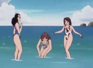 水着で戯れる花の三人組